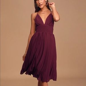 Lulu's Love Me To The Moon Burgundy Pleated Dress